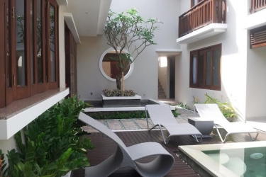 Villa for sale in berawa beach